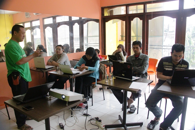 blogshop cebi cafe